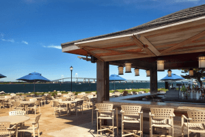 Best outdoor bars in Newport - Pineapples by the Bay